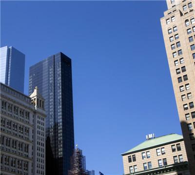 从公园路看向世贸中心双子塔