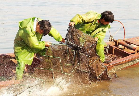 渔民们.jpg