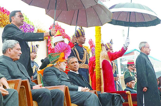 AP News一分钟新闻 奥巴马印度参加阅兵式 维嘉小姐荣获环球小姐冠军