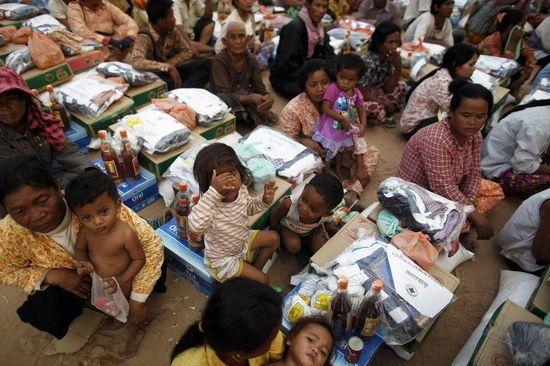柬埔寨难民.jpg