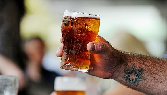 全球两大啤酒巨头酝酿合并
