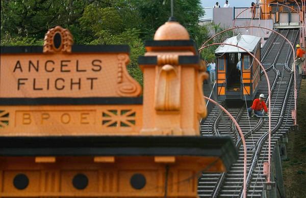 """被称为""""世界上最短铁路""""的缆索"""