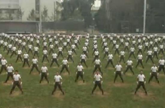 全军第一套士兵健身操正式颁布.jpg