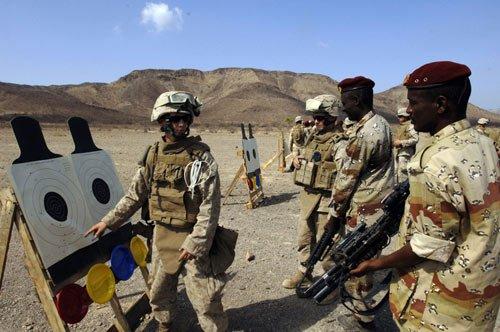 非洲现恐怖组织训练营.jpg
