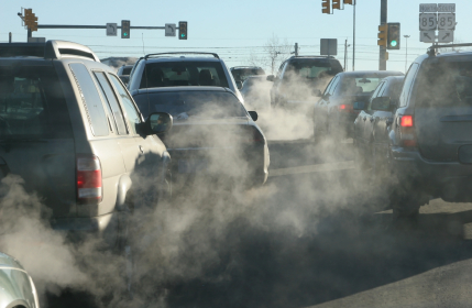 Traffic pollution damages kids' lungs.jpg