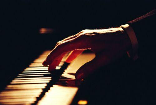 大学音乐课.jpg