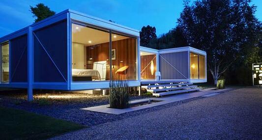 英豪宅玻璃多于墙面 售价近1300万.jpg