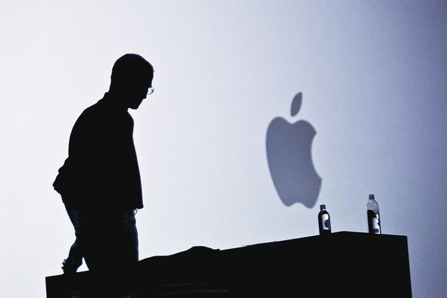 苹果销售额下跌.jpg