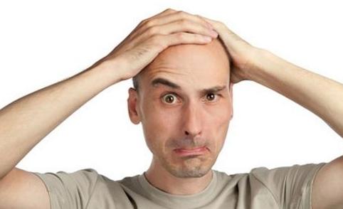 为什么有些人会秃头呢