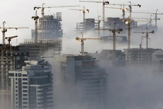 迪拜曾经是世界上25%的起重机的家园