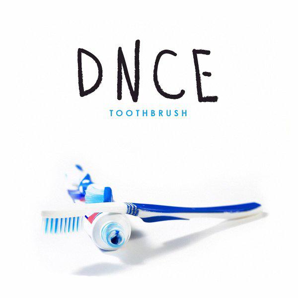 DNCE-Toothbrush-2016-Ernesth-García.jpg