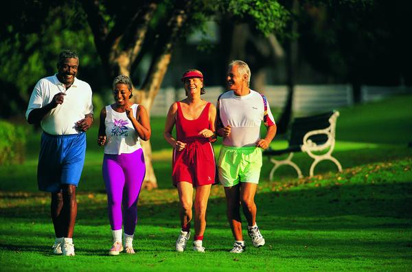 运动可降低癌症中风.jpg