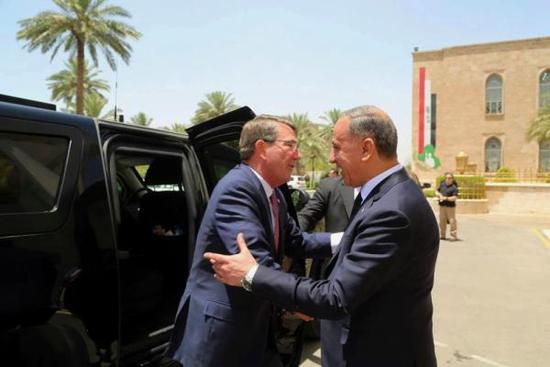 美国防部长访问阿富汗.jpg
