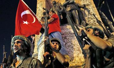 土耳其政府镇压政变触动了千万人