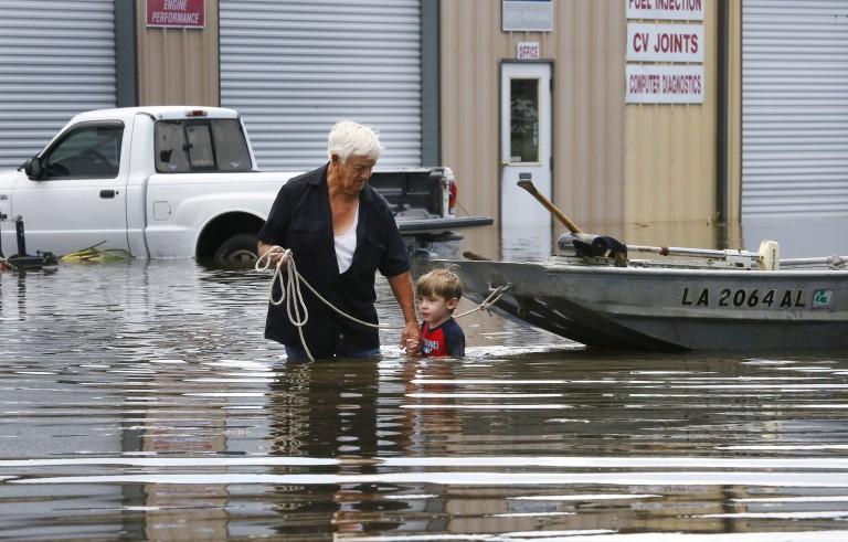 美国路易斯安那州遭遇严重洪水