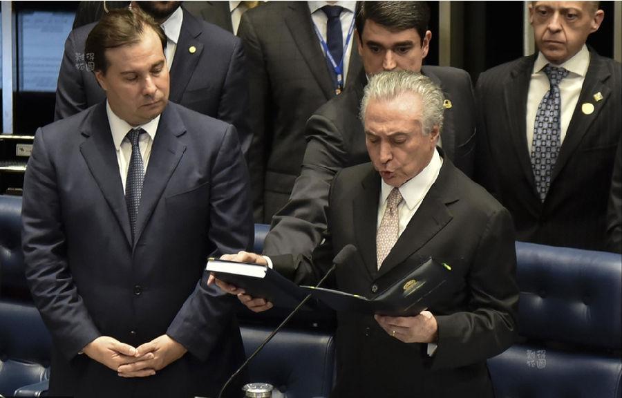 巴西新总统宣誓就职.png
