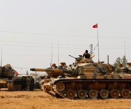 土耳其坦克开进叙利亚清剿ISIS