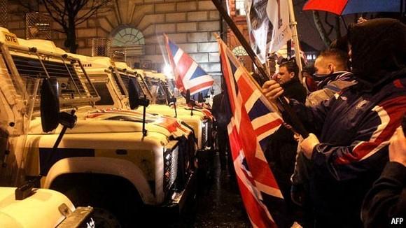 北爱尔兰与英国的国旗纠纷.jpg