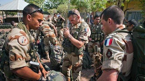 法国人在战场上表现软弱.jpg