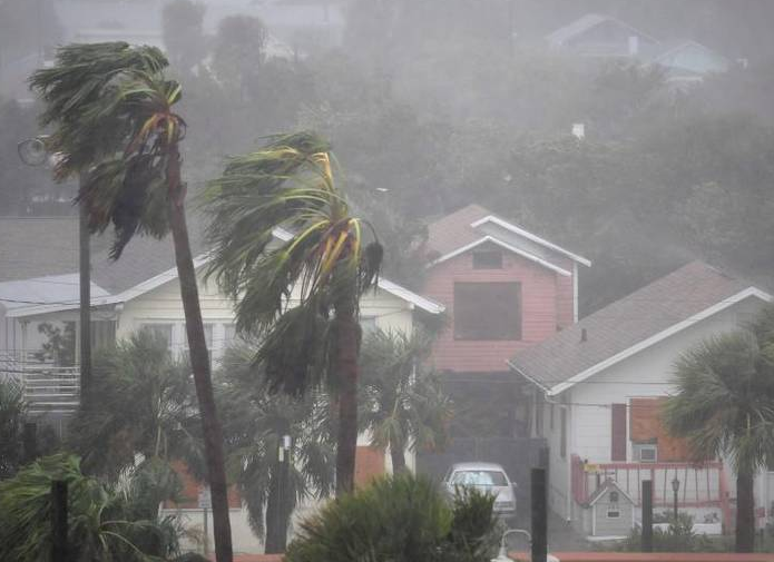 马修飓风肆虐 海地损失惨重