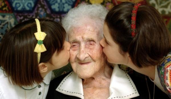 人类寿命极限或为115岁.jpg