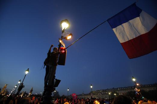 法国削减公共支出政府陷两难.jpg