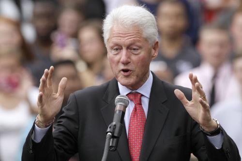 比尔·克林顿为希拉里的助选演讲(4)