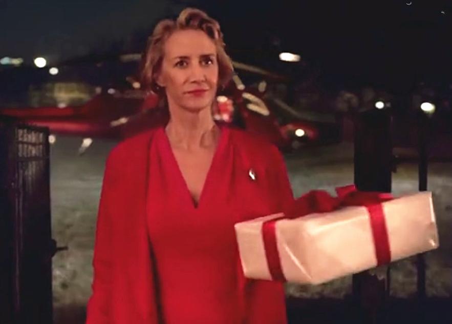 欧美成人黄瓜云播_欧美创意广告(视频 mp3 中英字幕):玛莎百货圣诞节广告 圣诞奶奶