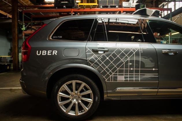 美国旧金山叫停Uber无人驾驶汽车.jpg