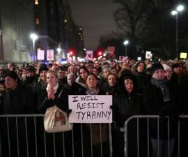 反特朗普游行抗议在华盛顿爆发