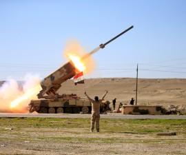摩苏尔战事胶着 伊拉克军队狂轰ISIS