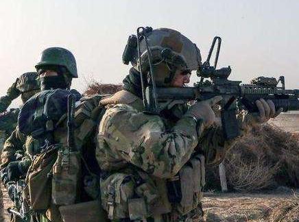 美国驻叙利亚军队打击ISIS 战况复杂
