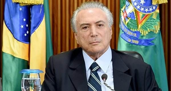 巴西抗议总统养老改革制度.jpeg