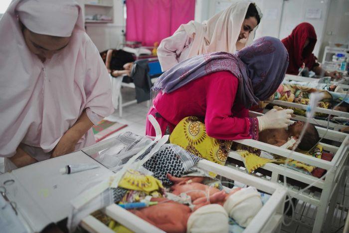 阿富汗女性怀孕危险.jpeg