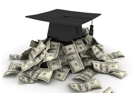 学生贷款赚大钱.jpg