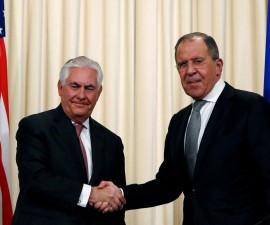 美国国务卿称美俄关系处于信任低谷