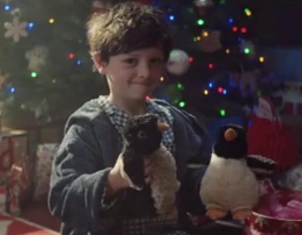 约翰·刘易斯经典圣诞广告 企鹅正太