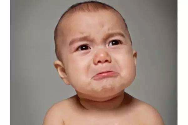 大哭的图片可爱 小孩