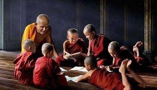 泰国佛教失踪的僧侣2.jpeg