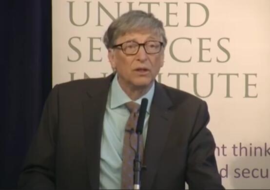 亿万富翁慈善家比尔·盖茨反对削减对外援助预算