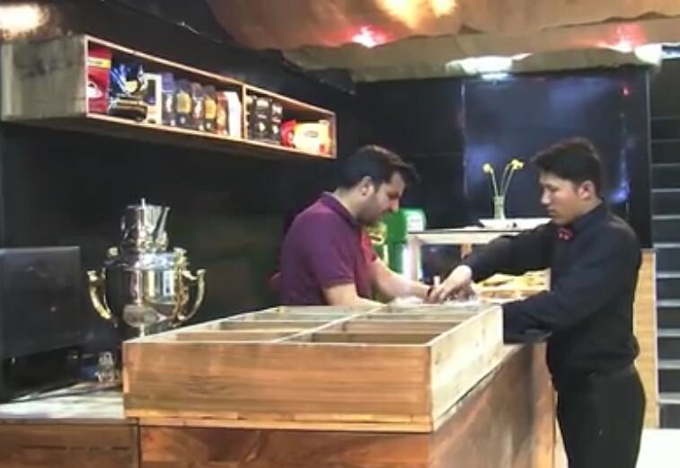 喀布尔新咖啡店旨在以茶为主导的阿富汗取得成功