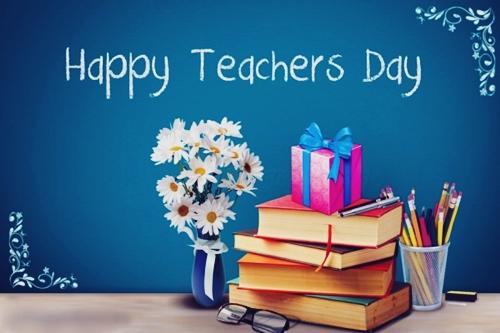 Celebrating the Teachers' Day 庆祝教师节