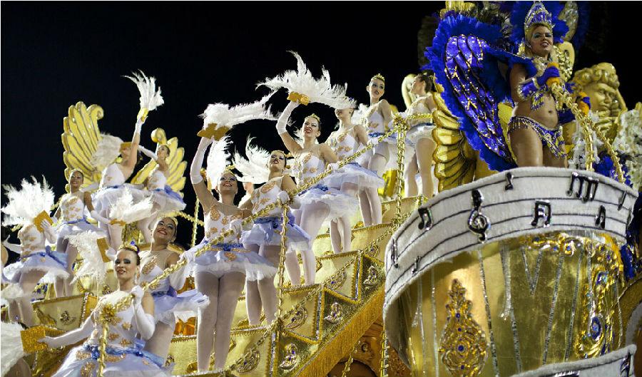 巴西狂欢节.jpg