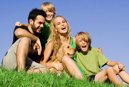 友情比亲情更有益于身体健康.jpg