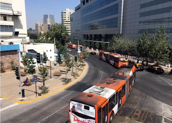 智利交通1.jpg