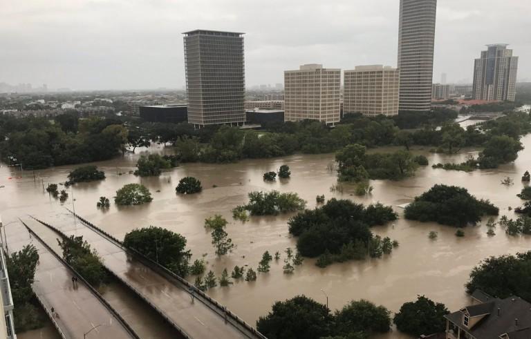 为什么休斯顿是飓风最常攻击的目标?