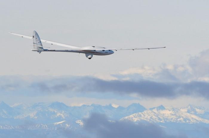 空客Perlan2滑翔机刷新世界纪录.jpg