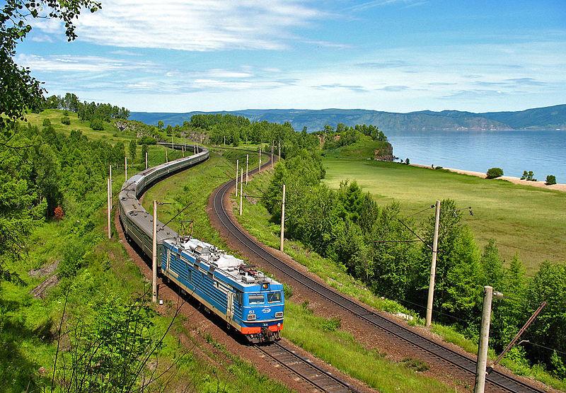 高中英语模板火车第318期:TravelbyTrain作文林高中玉英才图片