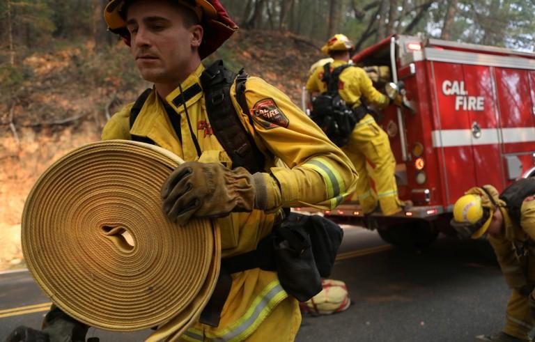 加州火灾死亡人数上升 搜救队返回废墟