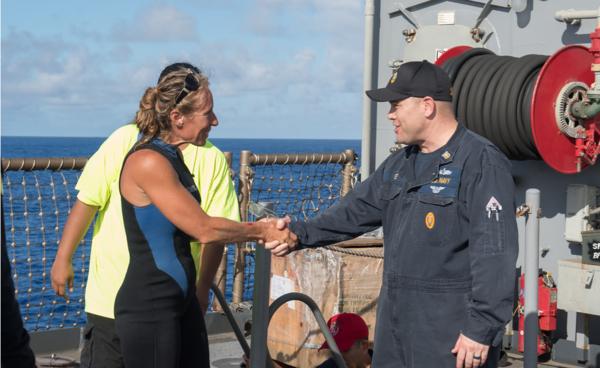 两女子海上漂流近半年终获救.png